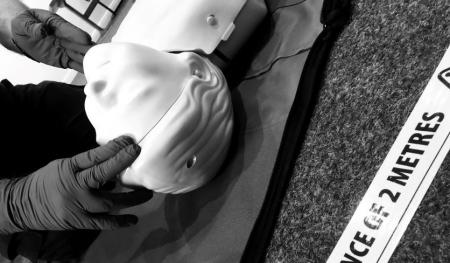 1 delegate to manikin ratio for CPR first aid practice